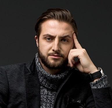 Jonathan Cavaliere of mrcavaliere.com