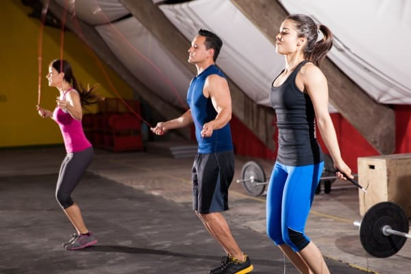 image of people jumping rope for cardio pre workout