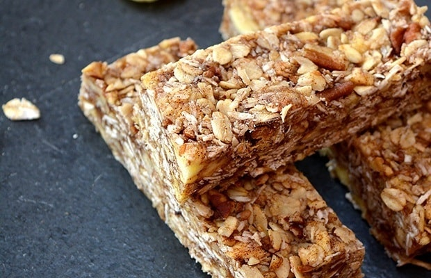 Apple Pie Granola Bars