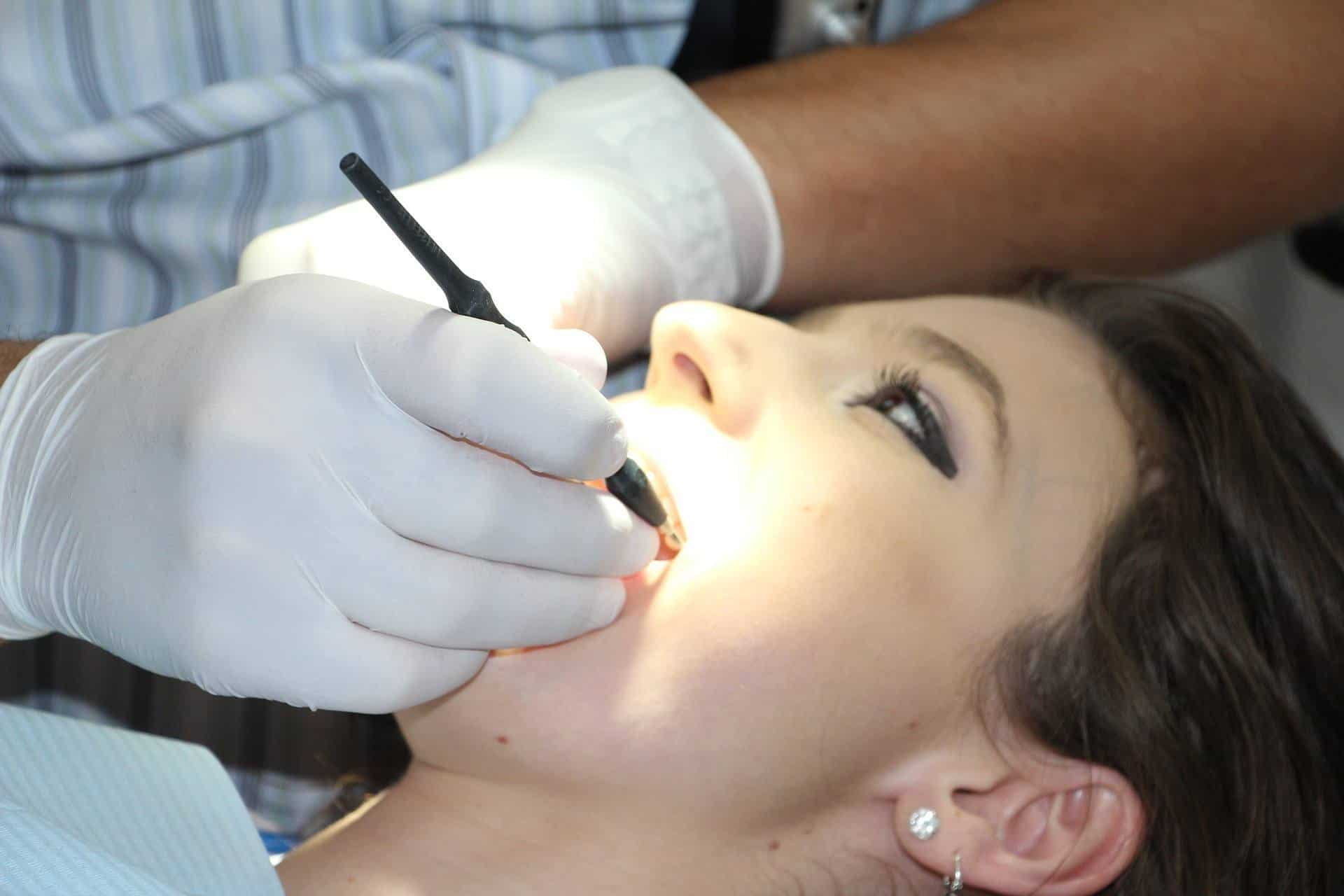 Signs It's Time for a Dental Checkup