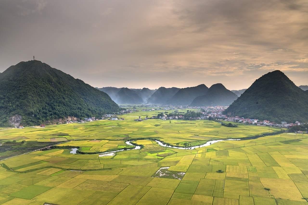 farm land plots in valley